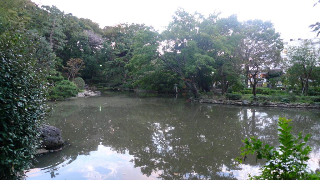 有栖川宮記念碑有縁  池