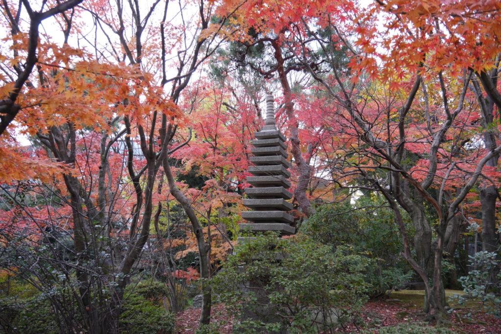 十三重の層塔